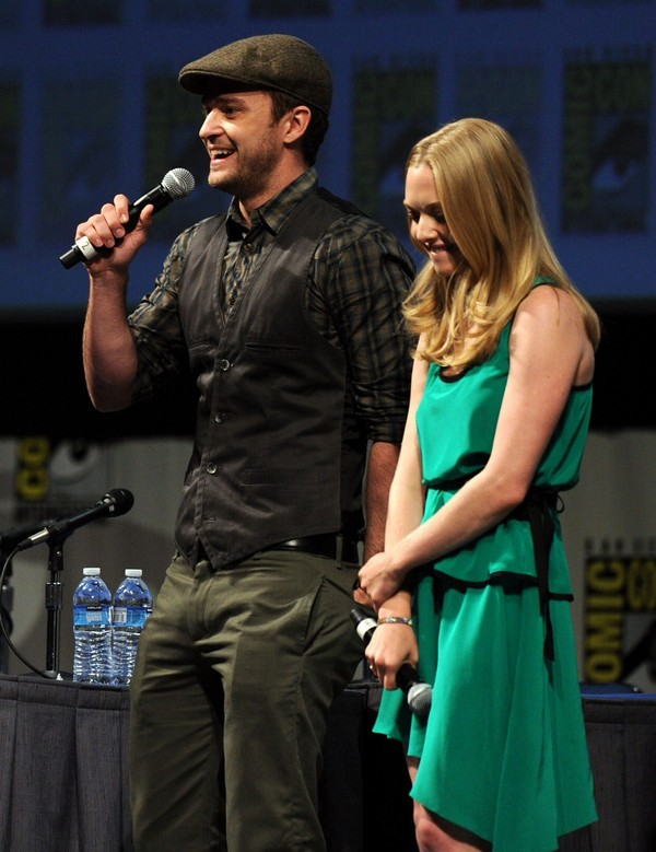 Amanda Seyfried Promoting In Time at Comic Con - July 21, 2011