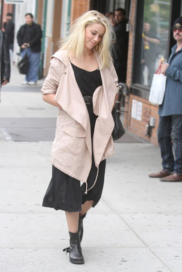 Amber Heard - Out & About in New York - 8th May, 2012