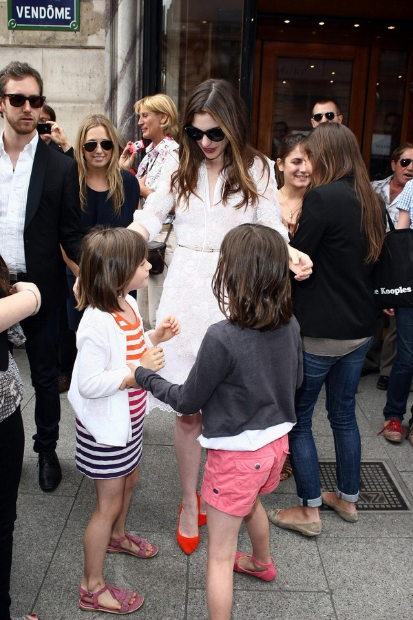 Anne Hathaway at Givenchy private show during Paris Fashion Week - July 06, 2011