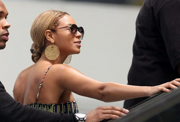 Beyonce Knowles departing from Nice Cote D'Zur Airport in France