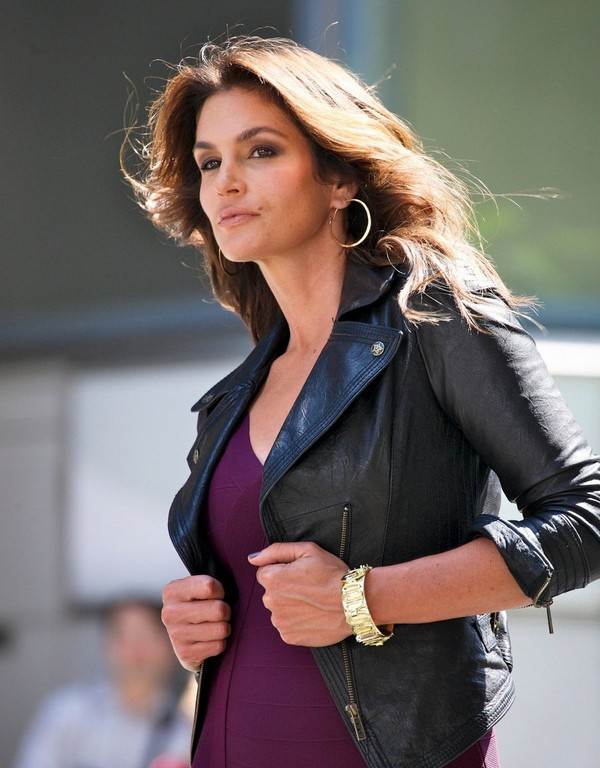 Cindy Crawford seen doing a photo shoot in New York - July 12, 2011
