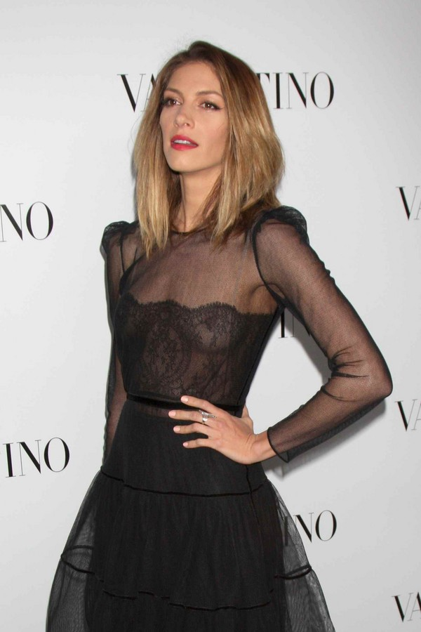 Dawn Olivieri - Valentino Rodeo Drive Flagship Opening in Beverly Hills - 26th March, 2012