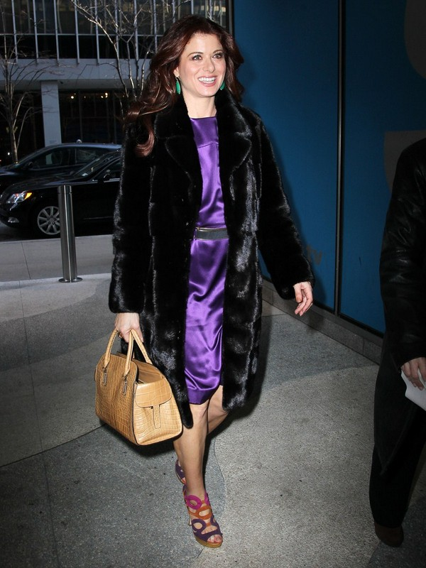 Debra Messing - Arriving to Live with Kelly on Fox Studio - 26th February, 2012