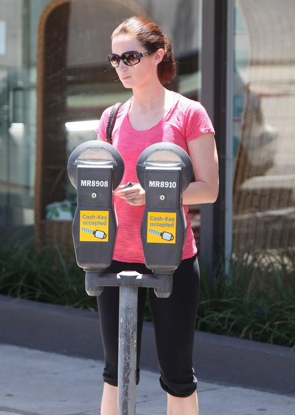 Emily Blunt at a Gym in Beverly Hills - June 25, 2011