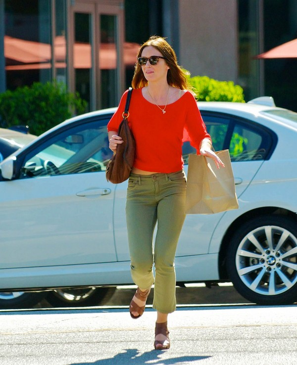 Emily Blunt leaving Hungry Cat in Hollywood - July 28, 2011