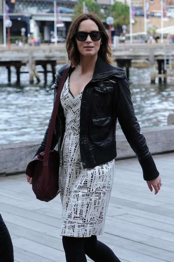 Emily Blunt Walking Around Sydney Harbour - 30th April, 2012