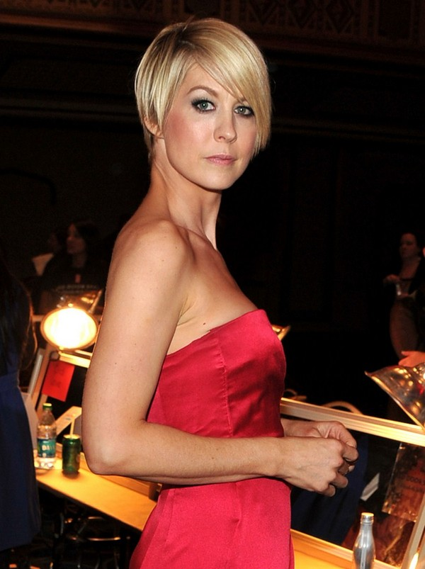 Jenna Elfman - The Heart Truth's Red Dress Collection 2012 - 8th February, 2012