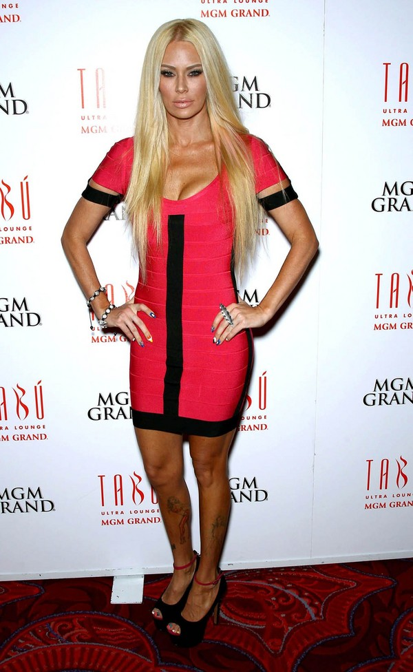 Jenna Jameson celebrates her 38th Birthday at the Tabu Ultra Lounge in MGM Grand Hotel - 28th April, 2012