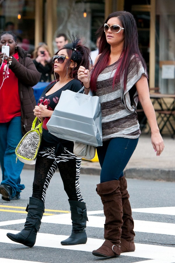 JWoww & Snooki, out & about shopping in Jersey City - 27th February, 2012