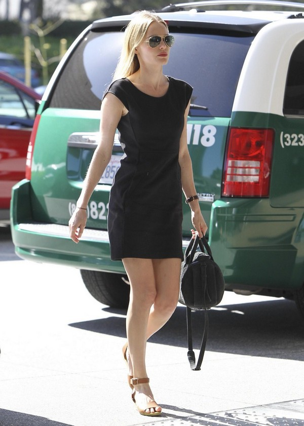 Kate Bosworth - Out & About at Beverly Hills - 9th March, 2012