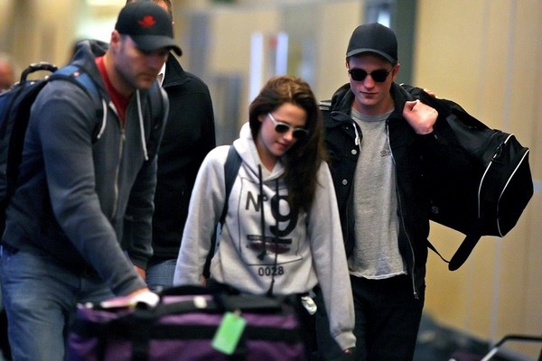 Kristen Stewart Catches a flight at the Vanouver Airport - 3rd May, 2012