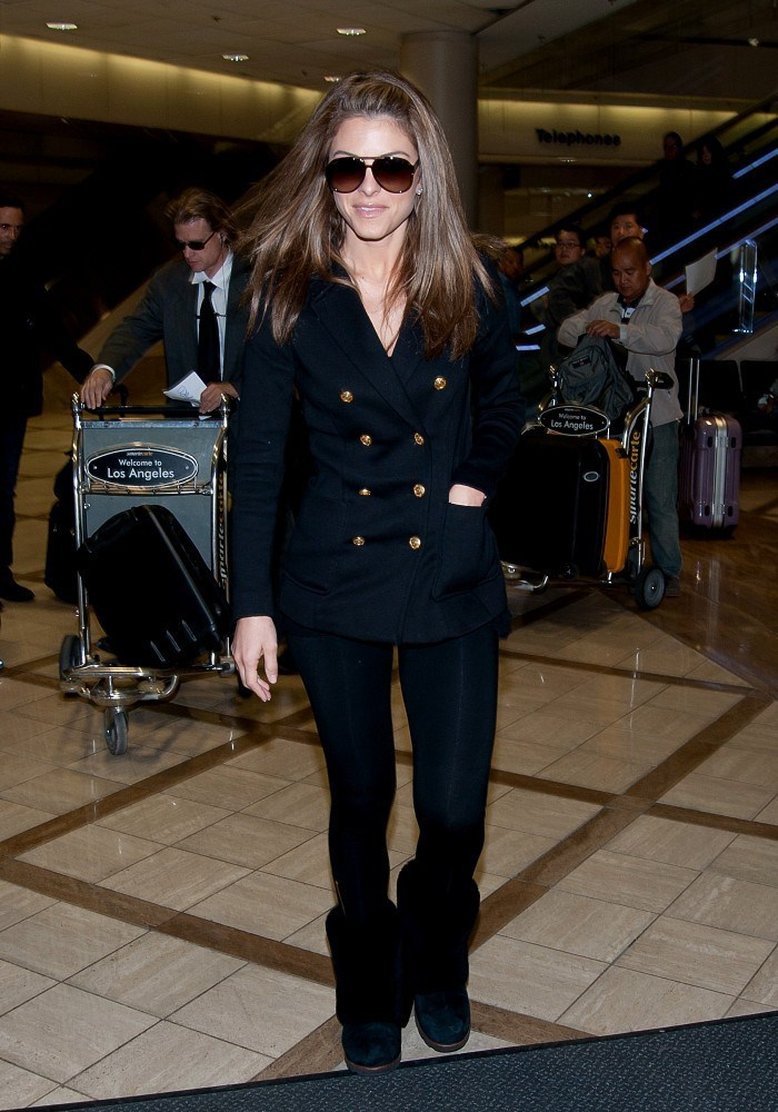 Maria Menounos - Arrives at LAX - 2nd March, 2012