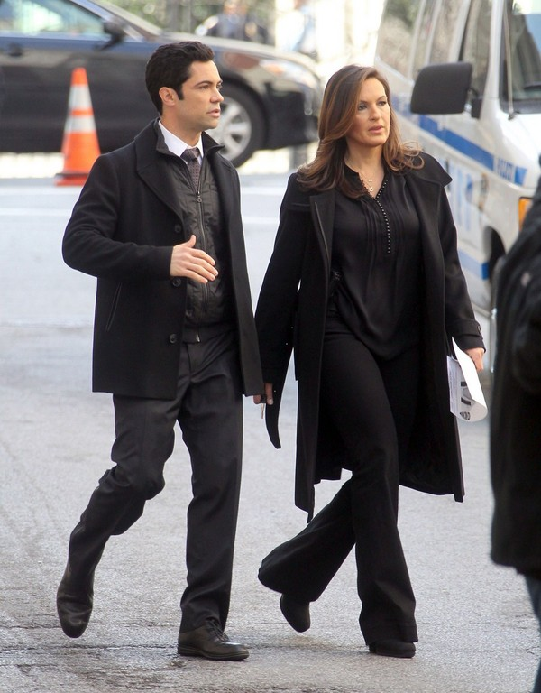 Mariska Hargitay On the Sets of Law and Order SVU - 8th March, 2012