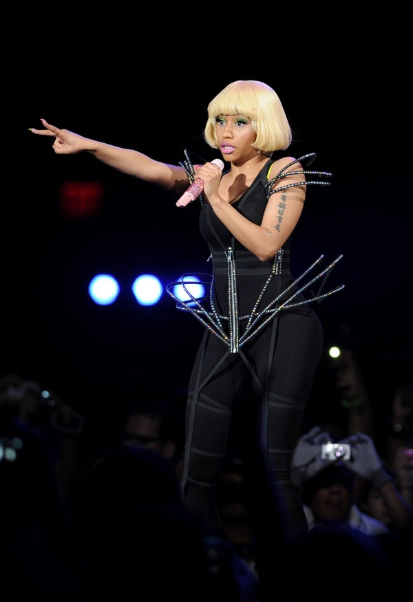 Nicki Minaj performing in Jacksonville on Britney Spears Femme Fatale tour - July 23, 2011