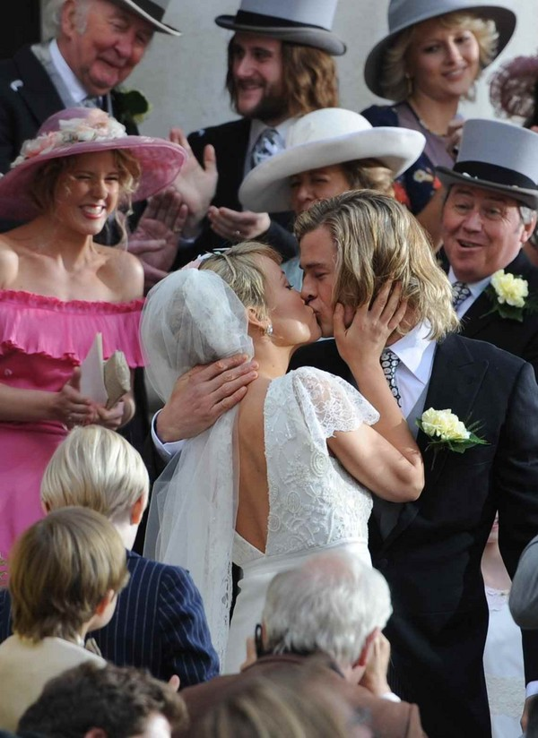 Olivia Wilde - Getting married in London - 2nd April, 2012