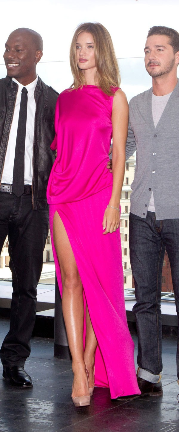 Rosie Huntington-Whiteley in a Pink Dress at Transformers Premiere - June 22, 2011
