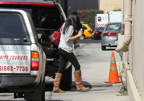 Selena Gomez Out & About in Hollywood - 18th April, 2012