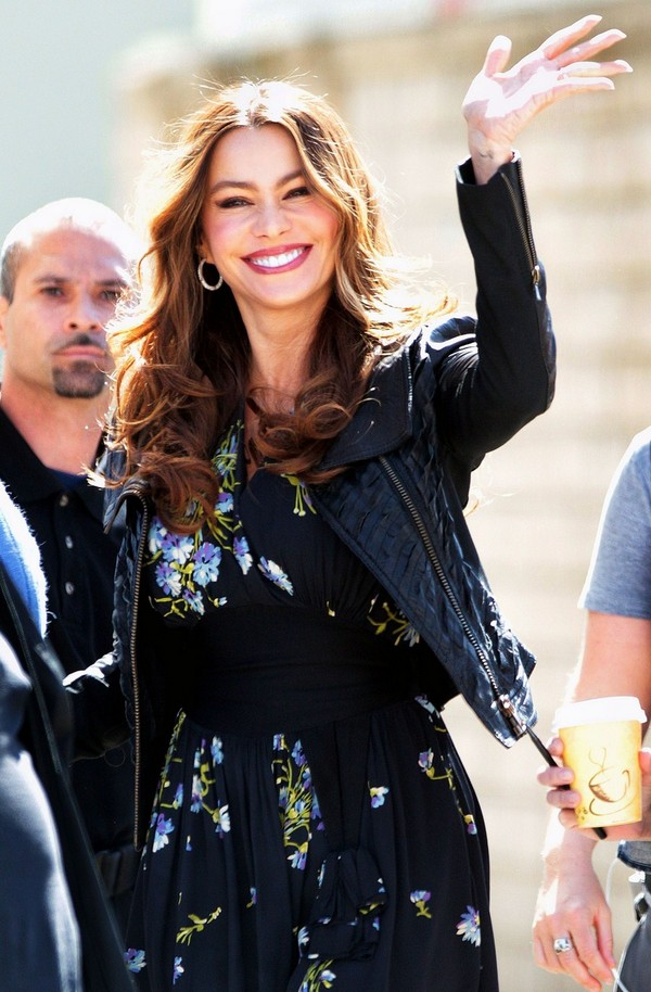 Sofia Vergara On the Sets of Modern Family - 7th March, 2012