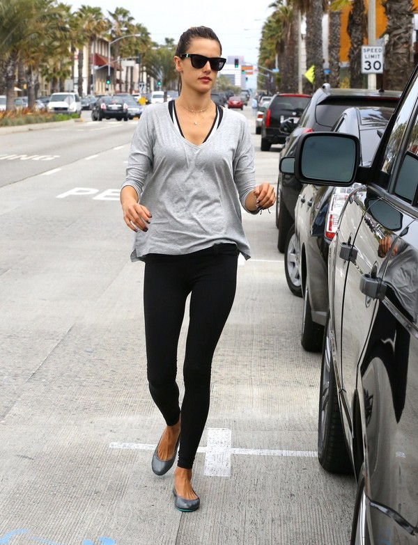Alessandra Ambrosio leaving a salon in Brentwood on March 18, 2013