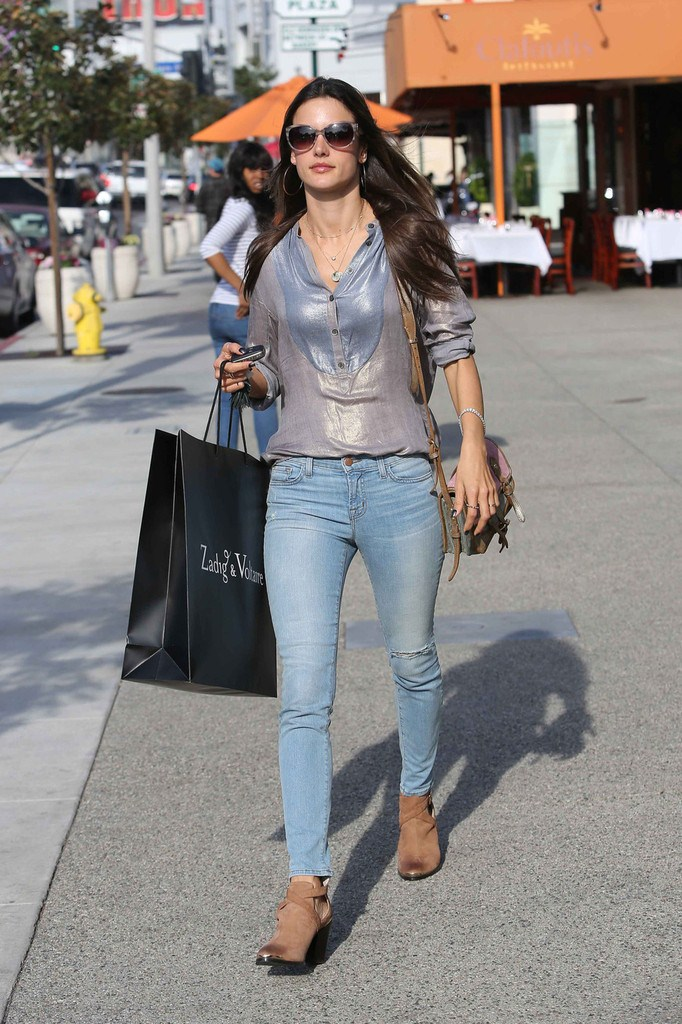 Alessandra Ambrosio shopping at Zadig & Voltaire Boutique in Los Angeles on March 26, 2013