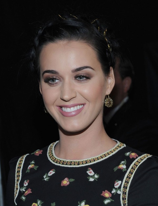 Katy Perry at 39th Annual People's Choice Awards in LA