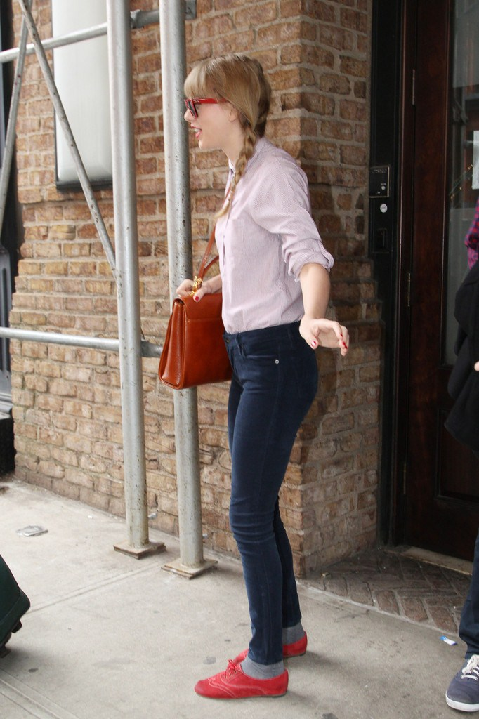 Taylor Swift out and about in NYC on March 29, 2013