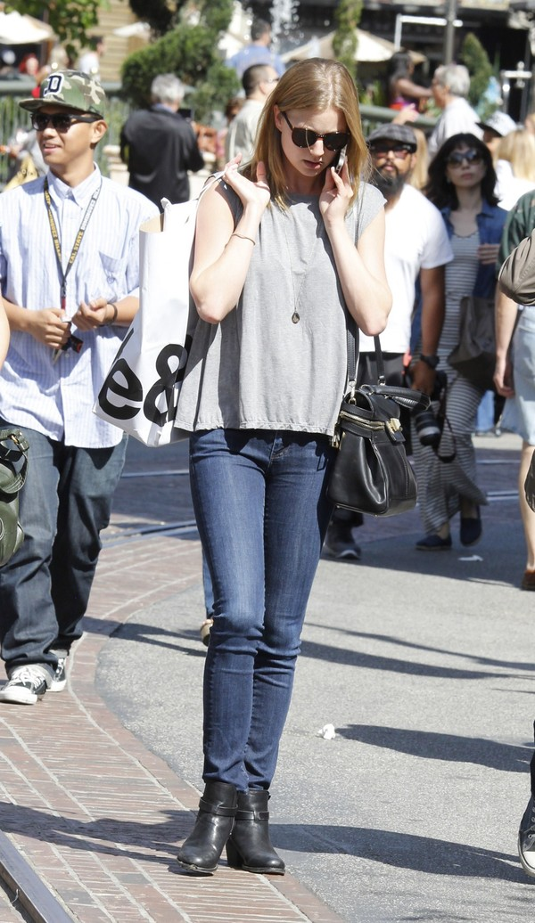 Emily VanCamp shopping at The Grove in LA on April 26, 2013