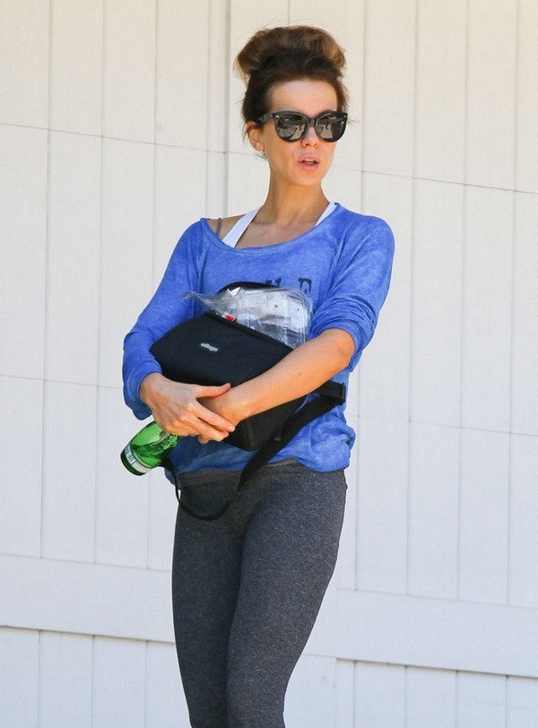 Kate Beckinsale visits a friend's house in Los Angeles, California on April 9, 2013