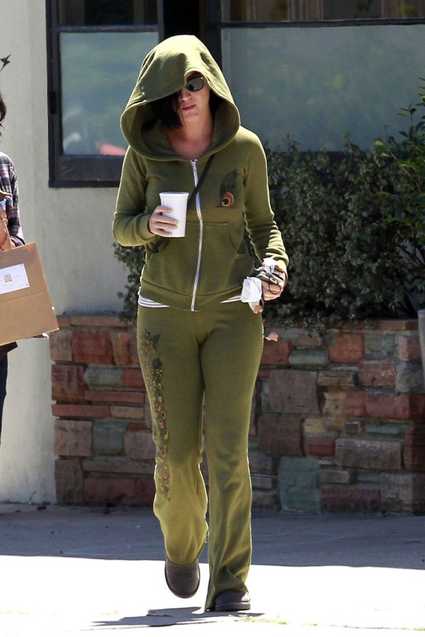 Katy Perry out and about in Westwood on April 10, 2013