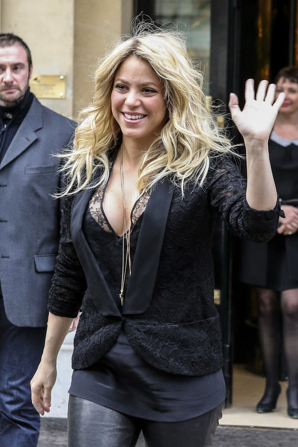 Shakira Leaving her Hotel in Paris on March 28, 2013