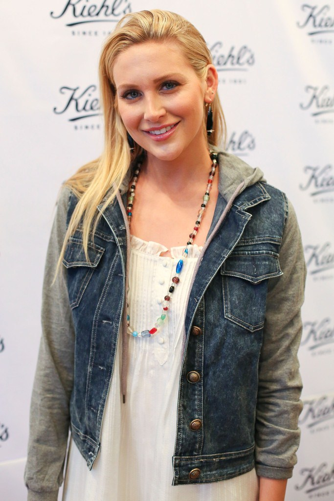 Stephanie Pratt at Kiehl's Environmental Partnership Benefiting Recycle Launch on April 17, 2013