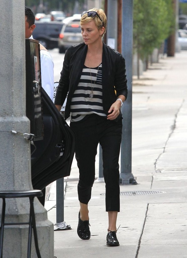 Charlize Theron out for Lunch in Los Angeles on May 5, 2013