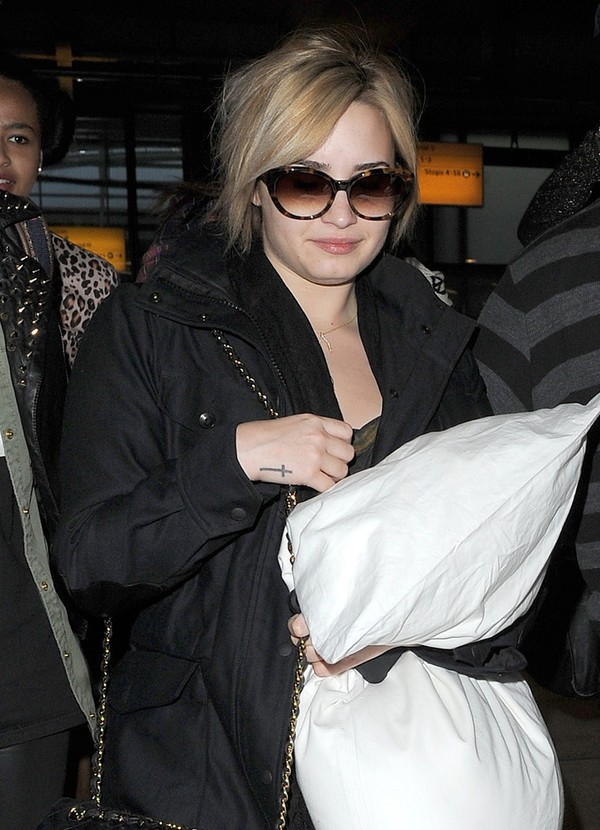 Demi Lovato Arrives at Heathrow Airport in London on May 26, 2013