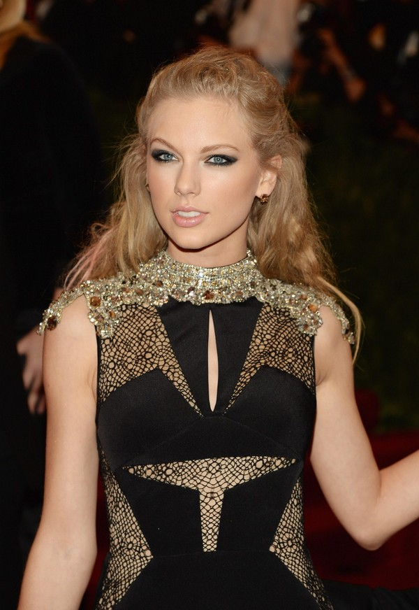 Taylor Swift at 2013 Met Gala at the Metropolitan Museum of Art in NYC on May 6, 2013