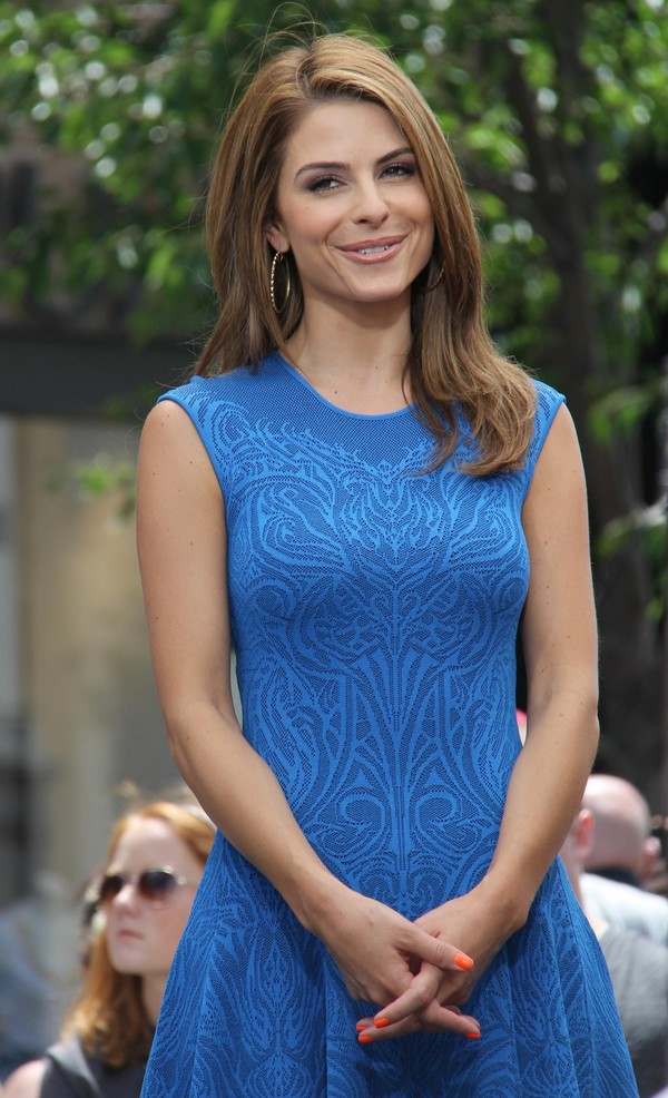 maria menounos on the sets of extra at the grove los
